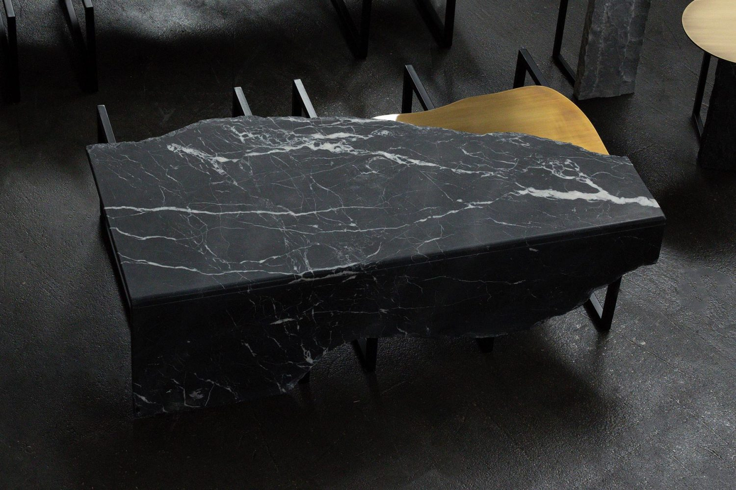 Aire-G702420-Table-13
